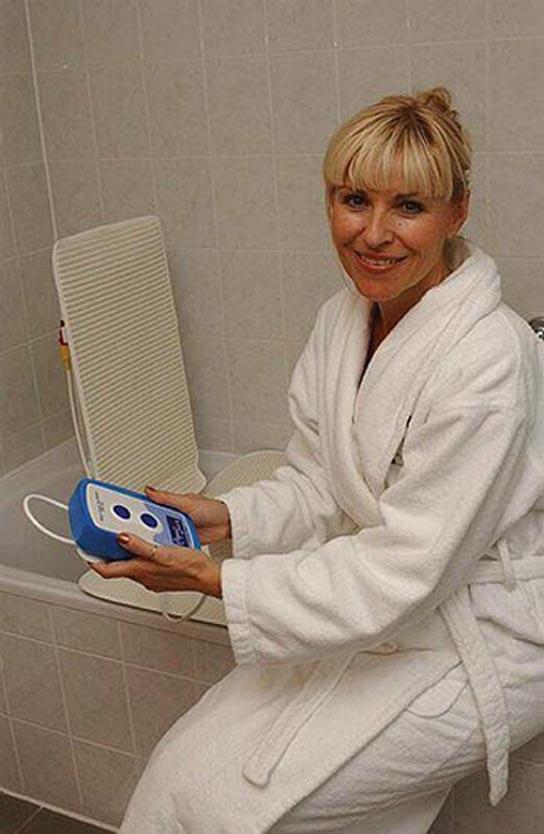 aquajoy-premier-plus-reclining-bathlift-bl100-dr-drive-medical-2.jpg