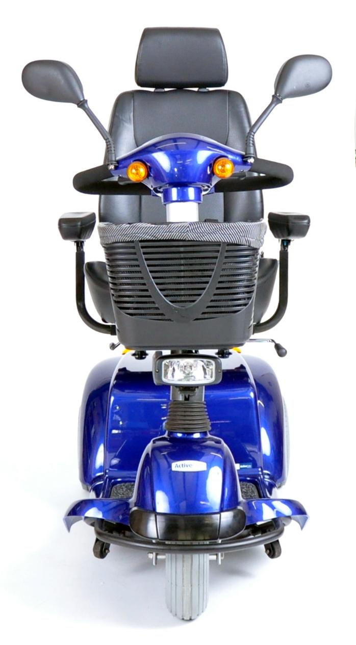 pilot-3-wheel-power-scooter-pilot2310bl18cs-drive-medical-2.jpg