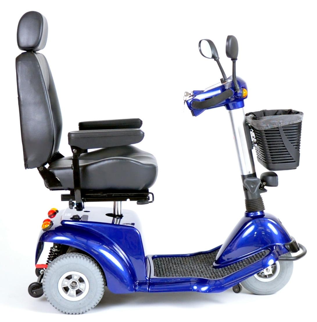pilot-3-wheel-power-scooter-pilot2310bl18cs-drive-medical-3.jpg