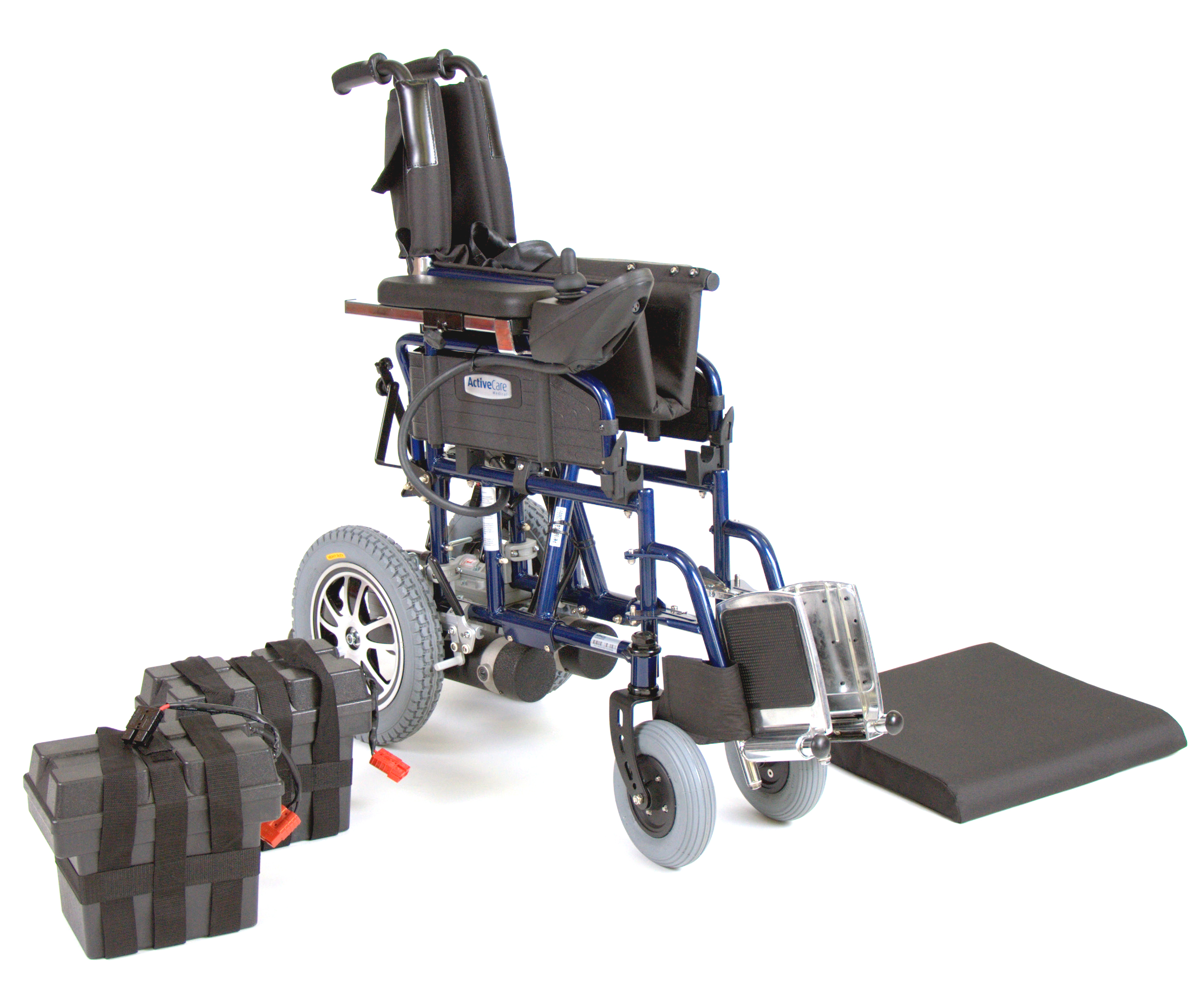 wildcat-folding-power-wheelchair-wildcat18b-drive-medical-3.jpg