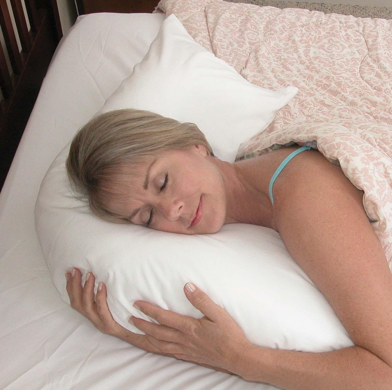 hugg-a-pillow-bed-pillow-554-7915-1900-lr-2.jpg