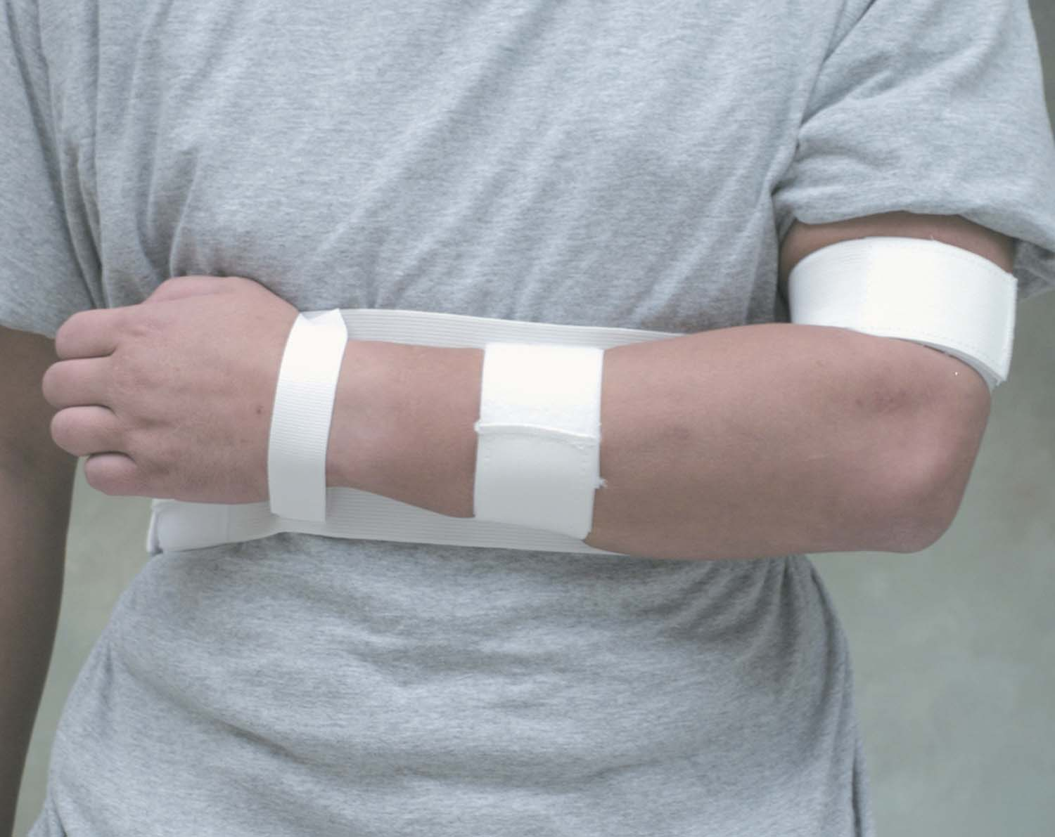shoulder-immobilizer-medium-633-6220-1922-lr.jpg