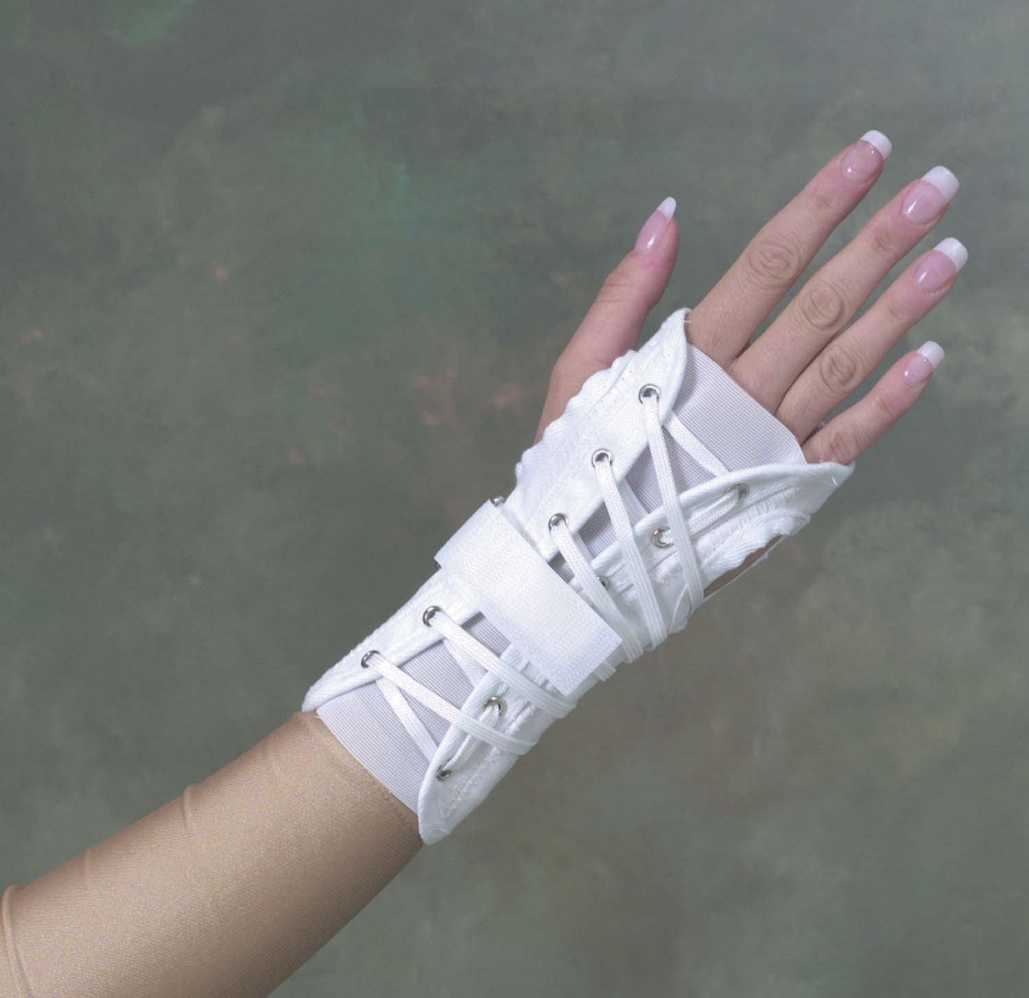 wrist-brace-cock-up-splint-large-633-6514-1923-lr-2.jpg