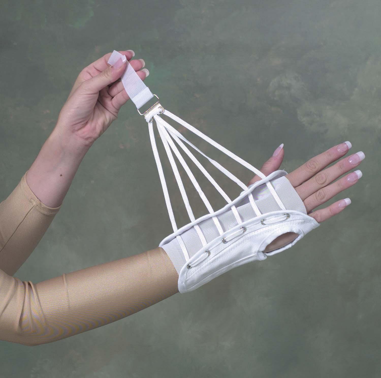wrist-brace-cock-up-splint-small-633-6514-1921-lr.jpg