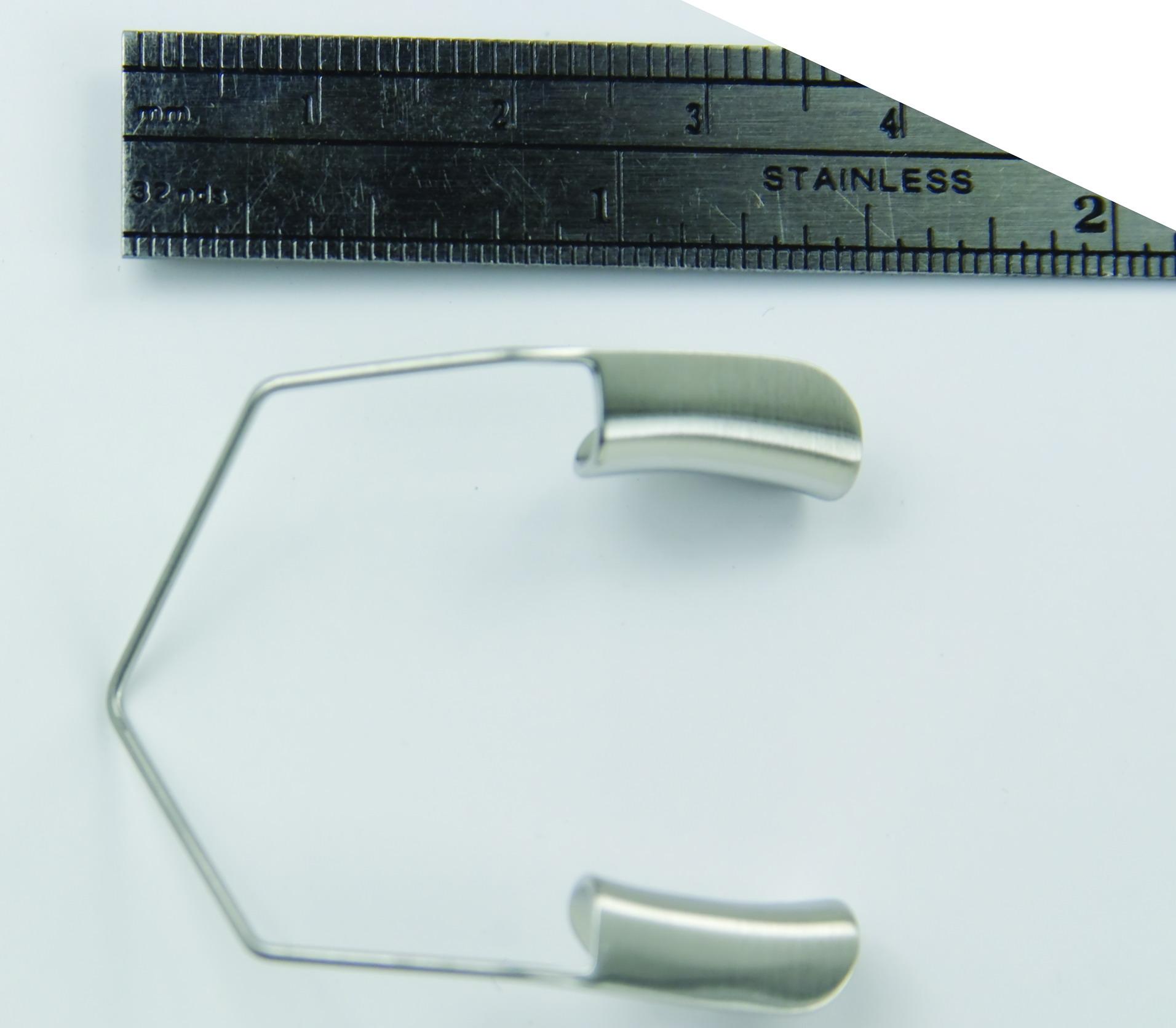 barraquer-wire-speculum-1-1-2-38-cm-solid-blades-large-18-18-miltex.jpg