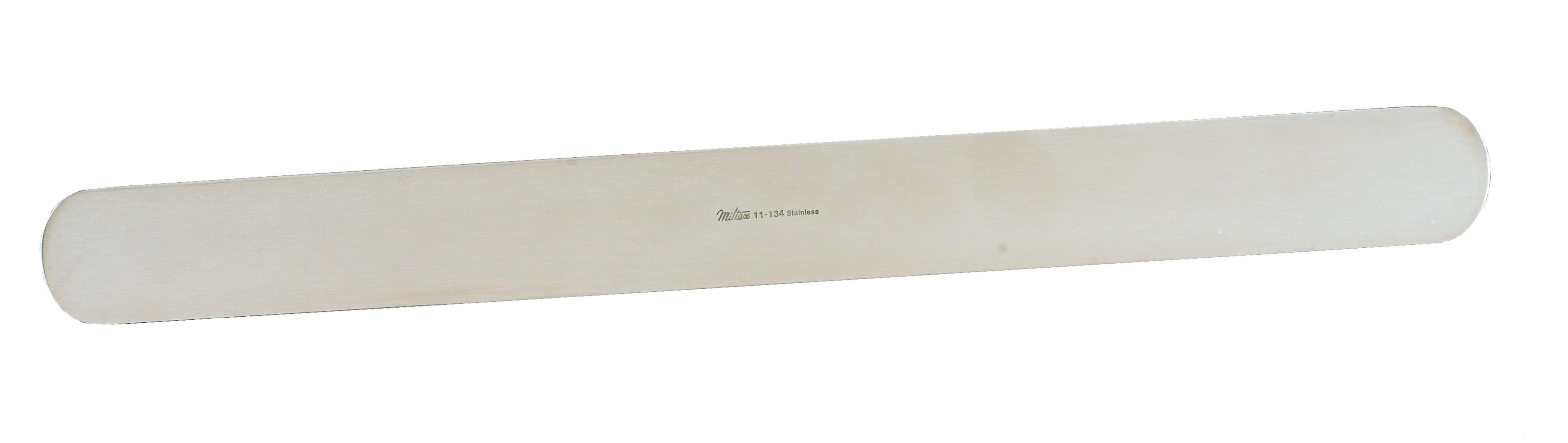 ribbon-retractor-1-1-4-32-cm-x-13-33-cm-malleable-11-134-miltex.jpg