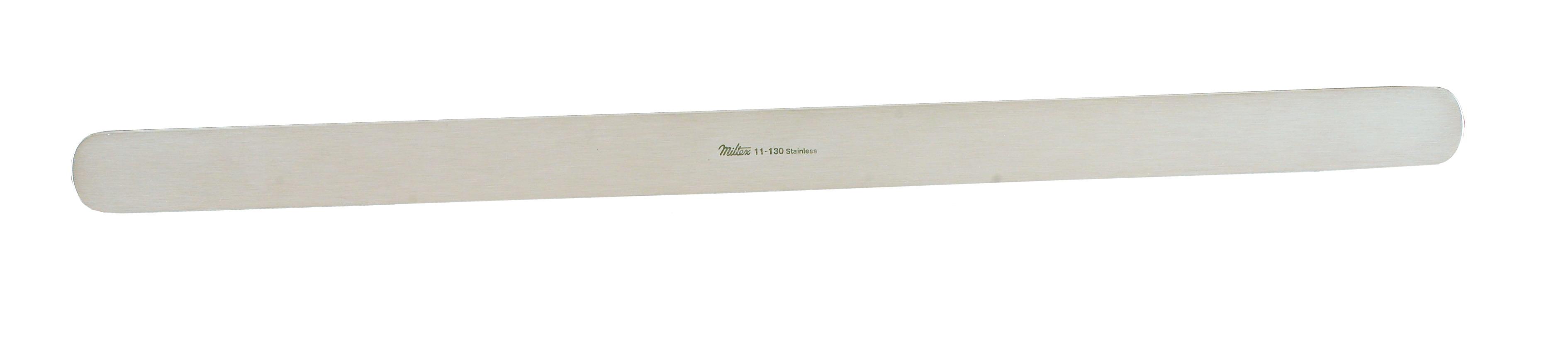 ribbon-retractor-3-4-19-cm-x-13-33-cm-malleable-11-130-miltex.jpg