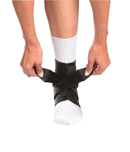 ankle-support-black-adjustable-osfm-4547-74676454719-lr.jpg