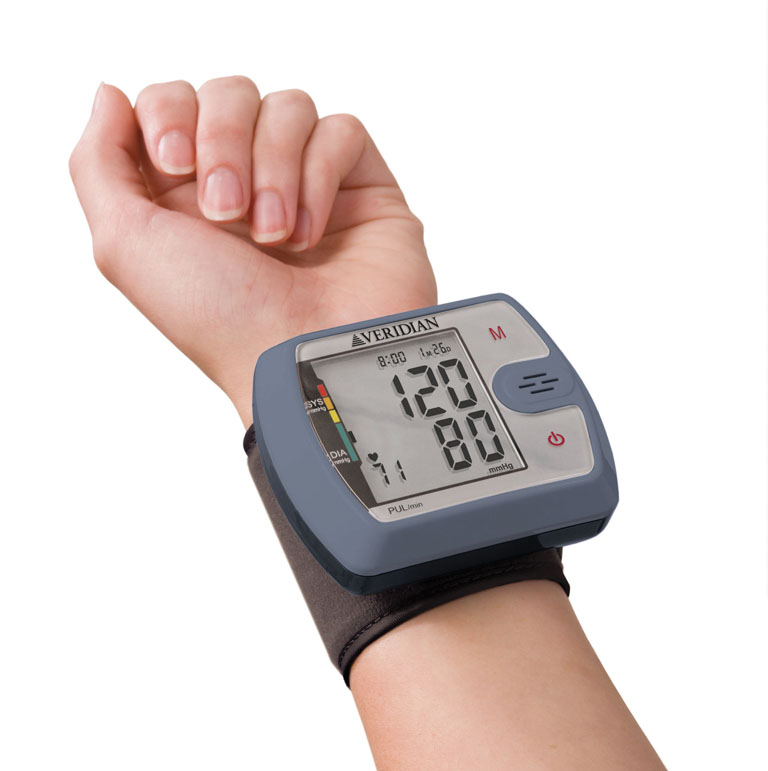 talking-ultra-digital-blood-pressure-wrist-monitor-01-526-veridian-4.jpg